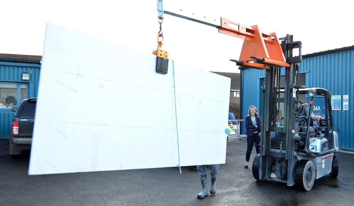 Lifting Worktop with Crane