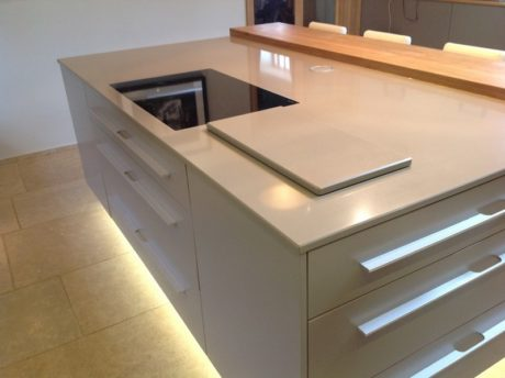 Compac dim gray worktop design